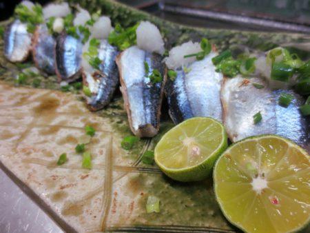 秋刀魚の炙り握り(3貫)